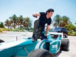 hrithik roshan gets his own f1 car for stunts in action remake bang bang